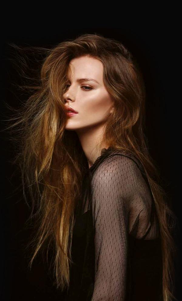Компания SHE банер наращивание волос